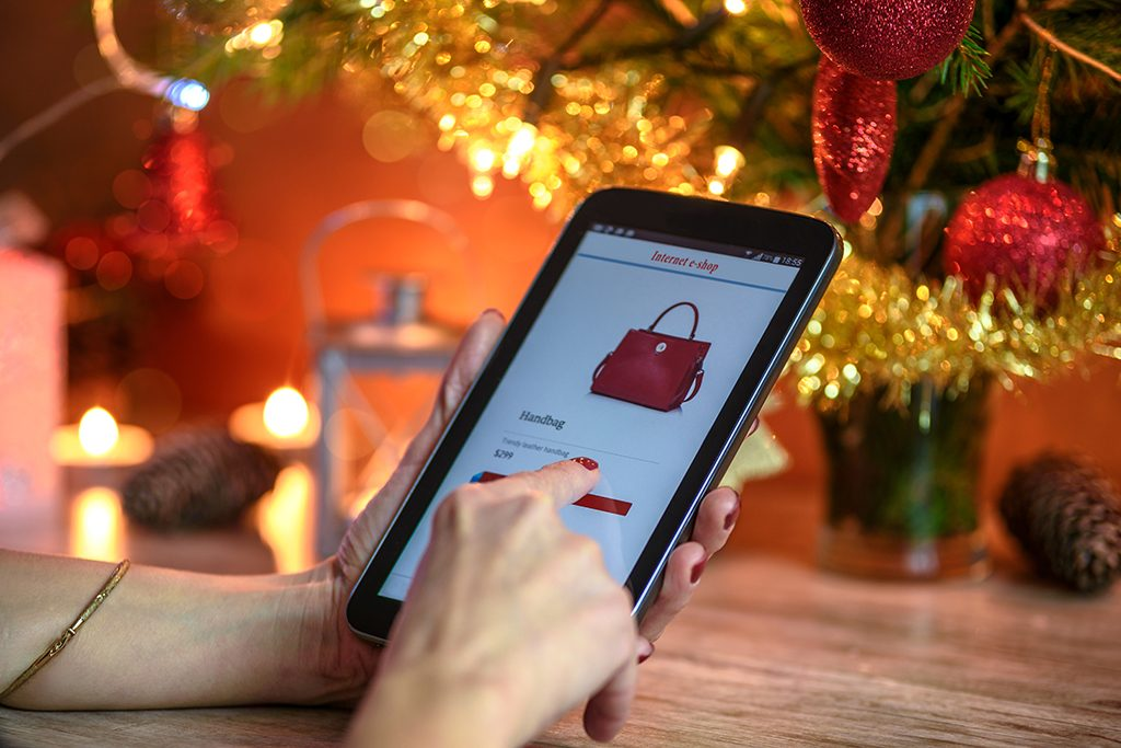 eCommerce testing helps a lot during the holiday season